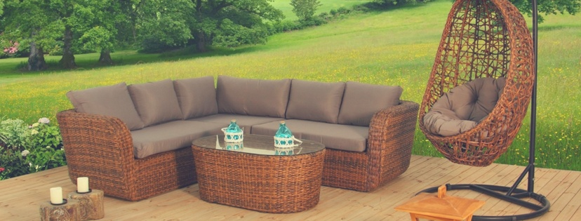 How to Choose the Right Sofa for Outdoor Use